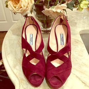 """NWT Prada heels sz 38 4.5"""" heel platform .5"""""""